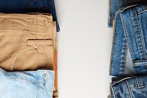 Vertical jeans frame