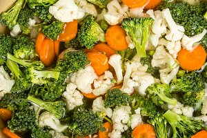 Broccoli, cauliflower & carrots