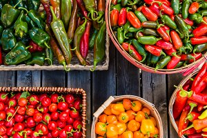 Baskets hot & sweet pepper