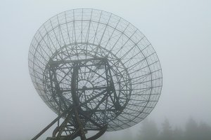 Radiotelescope in the fog