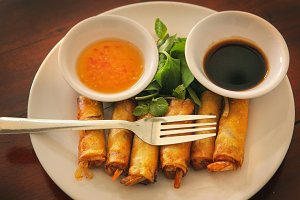roasted thai spring rolls with prawn