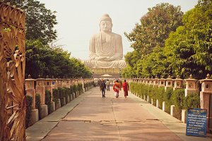 24 metre Buddha statue