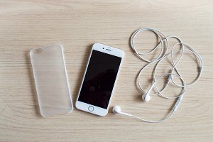 iPhone 6 with earphones - Mockup