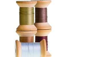 Stacked thread spools