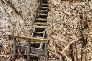 Dolomiti - old WW1 trench