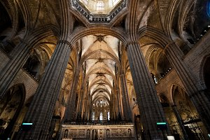 Cathedral of barcelona interior view