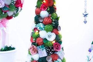Holiday decoration for flats or offices.