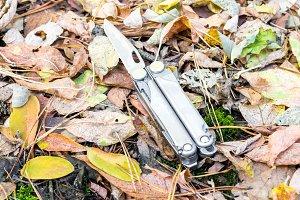 Knife tool.
