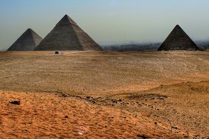 Great pyramids of Giza (Egypt)