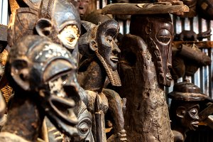 sculptures, paintings Kenya, African masks, masks for ceremonies