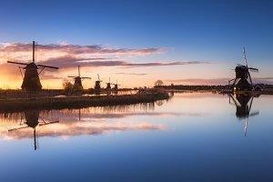 Windmills. Sunrise in Kinderdijk