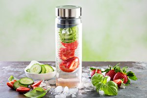 Infused detox water with strawberry