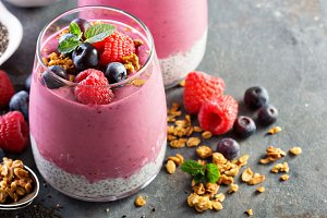 Chia pudding parfait with berry smoothie