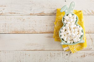 Marshmallows in a bunny shaped bowl