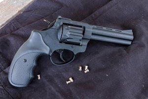 Revolver Flaubert.