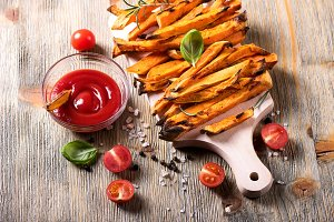 Sweet potato fries, vegan snack