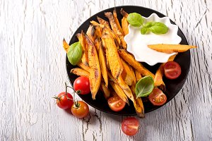 Vegan healthy sweet potato fries