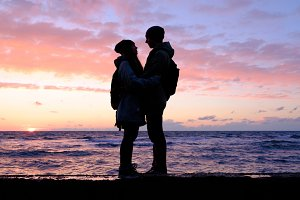 silhouettes of young couple