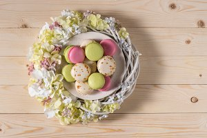 macarons in plate with flowers