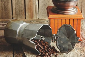 ?offee grinder, coffeepot and roasted coffee beans