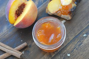 Peach Jam with Cinnamon