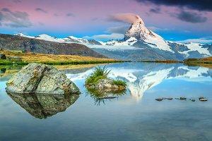 Matterhorn peak and Stellisee lake