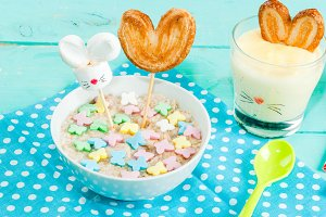Funny children's Breakfast at Easter