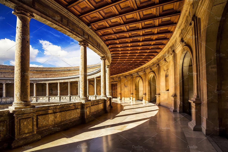 Carlos v palace alhambra granada architecture photos for Arquitectura granada