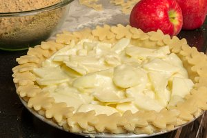 Apple pie ready to bake