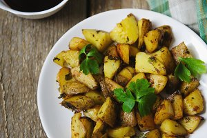 baked potatoes with soy sauce