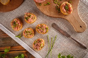 Pate with bruschetta and chives