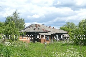 House in the village of dilapidated summer 2015 Russia