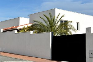White andalusian modern house