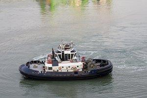 Tug boat on Panama Canal