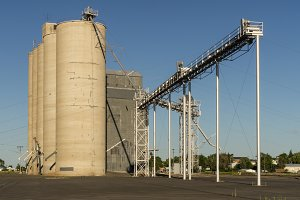 A group of grain elevators