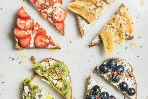 Healthy breakfast wholegrain toasts