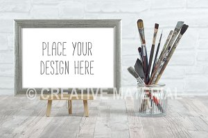 Frame Mockup | Paint Brushes | #17