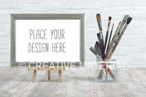 Frame Mockup | Paint Brushes | #17