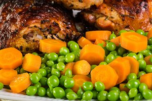 Chicken with peas and carrots