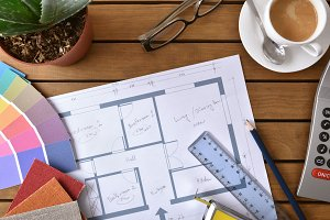 Table with plan tools and samples