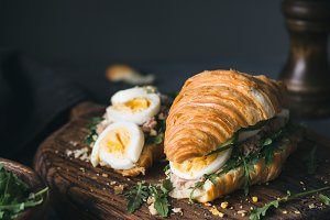 Croissant tuna sandwich
