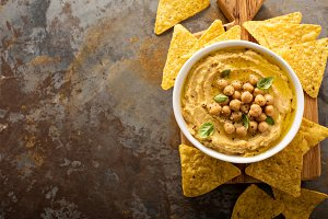 Homemade hummus with tortilla chips