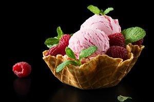 Sorbet with raspberry.