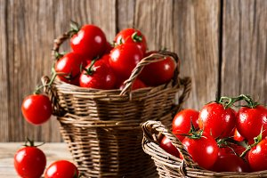 Baskets with cherry tomatoes.