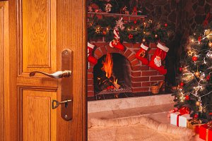 Christmas the door