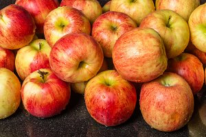Fresh Jonagold apples
