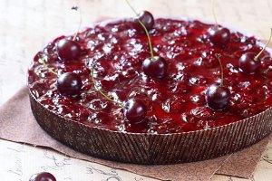 Cherry Tirol Pie