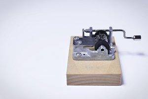 Mini cylinder music box