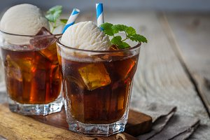 Ice coffee with vanilla ice cream