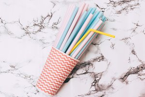bundle of drinking straws